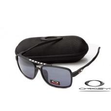 Oakley Men's Deviation Square Sunglasses Matte Black Frame Gray Lens OAKLEY20156439